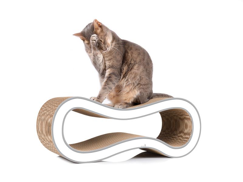 Un arbre à chat qui sait design: cat-on Singha M, griffoir tendance pour chats