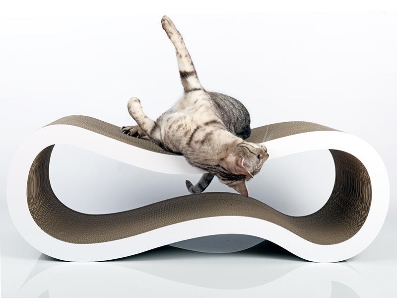 cat-on Singha L   griffoir design en carton ondulé pour chats
